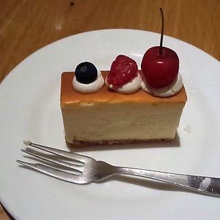 ベイクドチーズケーキ(CAFE DIVERGE)