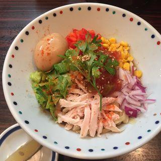 冷味噌カラフルまぜそば(夏麺第5弾)(らー麺 あけどや )