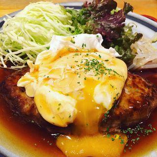 黒豚ハンバーグ定食(泰山 (たいざん))
