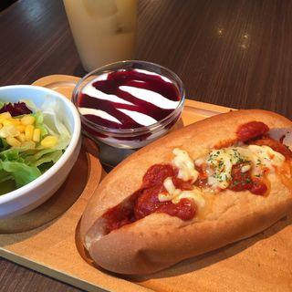 ミートボールサブ+サラダ+ヨーグルト+ドリンク(TRAVEL CAFE 阪急三番街店 (トラベルカフェ))