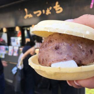 小倉アイス 求肥入り(みつばち 本店 )