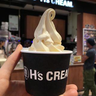 北海道特選濃厚バニラソフトクリーム(談合坂サービスエリア(下り線)H's CREAM )