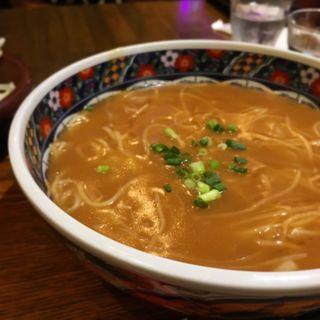 フカヒレあんかけ麺(シャンニーカフェ (Xiang ni cafe))