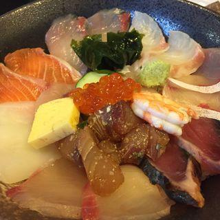 海鮮丼(海鮮いづつ )