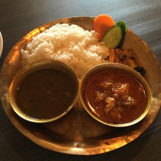 チキンダルバートセット(ネパール民族料理 アーガン)