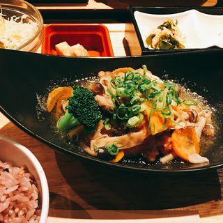 鶏唐揚げのみぞれ煮柚子胡椒風味定食(梅田 阪急三番街 リバーカフェ (RIVER CAFE))