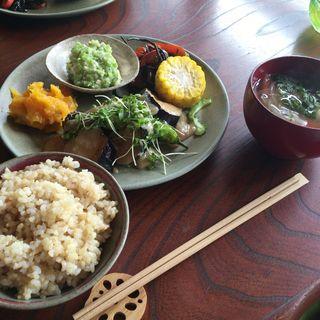 玄米菜食ランチ(旬のベジごはん core・sa (コレサ))