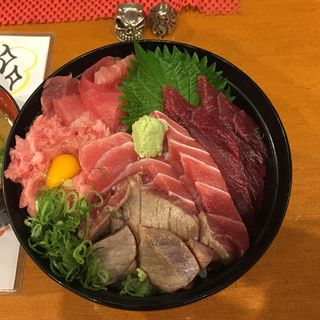 まぐろづくし丼(又こい家 大阪難波店 (マタコイヤ))
