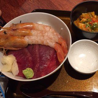 海老とマグロ丼(四季の味 さくれ )