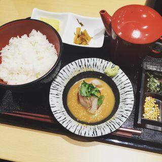 朝食セット(鯛胡麻だれ)(築地寿司清 東京駅グランスタダイニング店 )