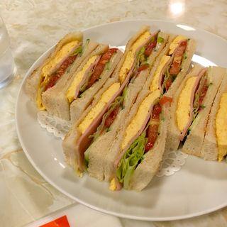 スペシャル・サンドウィッチ(はまの屋パーラー)