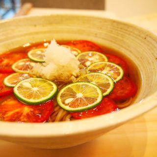 トマトと酢橘の冷かけ蕎麦(蕎麦と鶏 はんさむ)