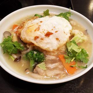 白身魚とキノコのあんかけチャーハン(コカレストラン博多シティ)