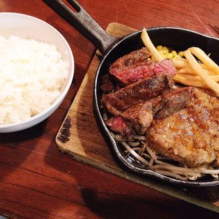ハンバーグ&ビーフステーキセット(ラブ ワイン 堺筋本町店 (luv wine))