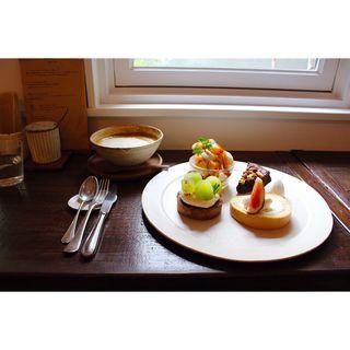 3周年記念季節のお菓子プレート(カフェ ノワ (cafe noix))