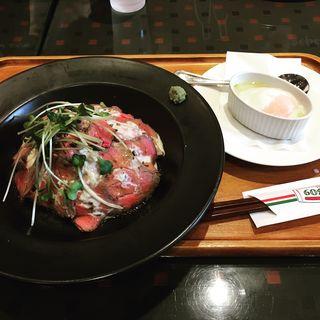 ローストビーフ丼(バケット  イオン盛岡南店 )