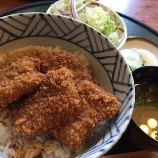 ソースかつ丼4個入り(志多美屋本店 (したみやほんてん))