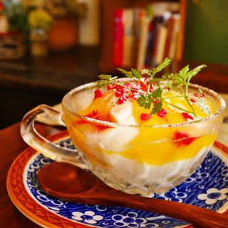 やわらか杏仁豆腐(カフェ月光)