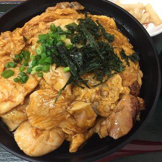 黄金の親子丼(赤い鳥 クロスコートタワー店 )