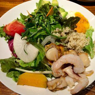 魚介のマリネサラダランチ(ラシーヌ ミートボールアンドローカル テーブル (RACINES Meatball&Local Table))