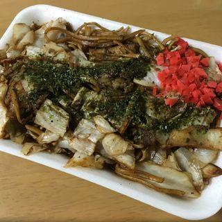 焼そば (イカ・肉入り)(まる味 )