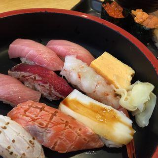 贅沢にぎり ~お椀付き~(つきぢ神楽寿司 屋台店 )