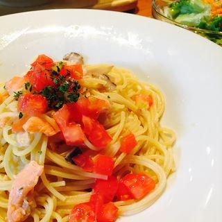 スモークサーモンとトマトのペペロンチーノ(ARK HiLLS CAFE (アークヒルズカフェ))
