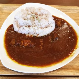 五穀入りごはんのインド風ビーフカレー(Cafe Nanの木 福岡女子大学店)