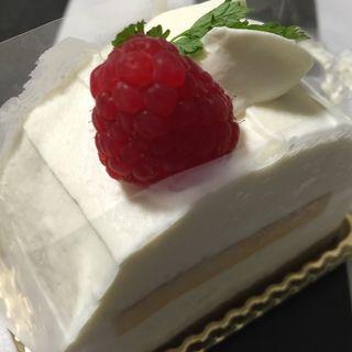 レアチーズケーキ(CADOT)