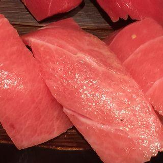 本マグロ中トロ(にぎり長次郎 宝ヶ池店 )