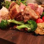 泉州犬鳴豚肩ロースと野菜のロースト