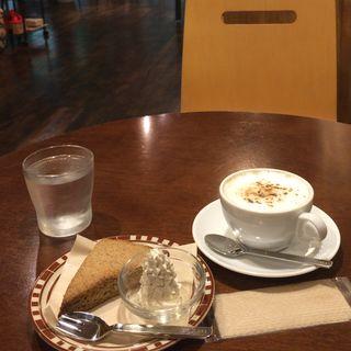 黒糖マヤナッツチャイ&チャイスコーン(CAFE OLIVEA)