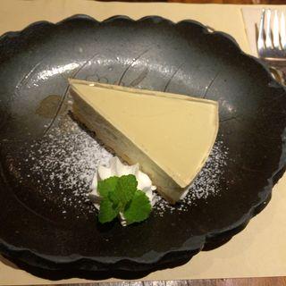 林檎ゼリーの『レアチーズケーキ』(茶菓房 林檎の樹 新市街店 (りんごのき))