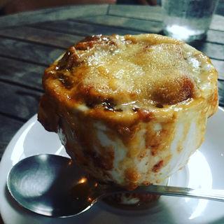 オニオングラタンスープ(6th by ORIENTAL HOTEL)
