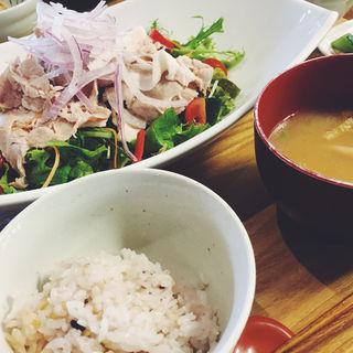 玄米豚の冷しゃぶ定食(キャトルセゾン旬 ゆめタウン久留米店 )