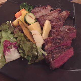 熟成肉2種盛合せ 牛ロース(Trattoria Kodama)