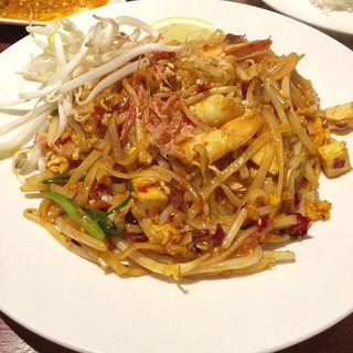 パッタイ(本格タイ料理バル プアン (puan))