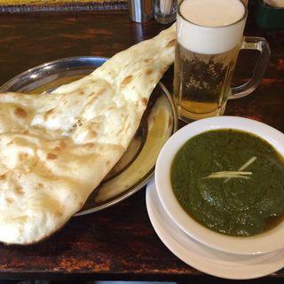 マトンサグ(インドの代表的な羊肉を使ったスパイシーカレー)(ザ・タンドール )