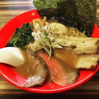 牛骨ラーメン(ラーメンダイニングJingu (RAMEN DINING JinGu))