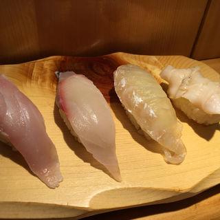 金目鯛 しまあじ こぶ〆白身 活つぶ貝(うまい鮨勘 一番町支店 (うまいすしかん))