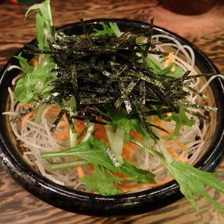 大根と水菜のサラダ(牛の力 (とうきょうぎゅうどん・ぎゅうのちから))