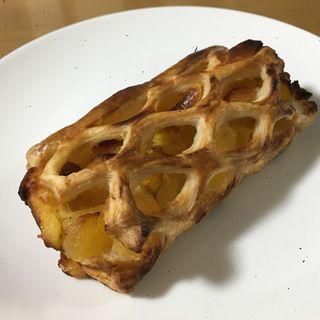 安納芋とりんごのパイ(はぴぱん)