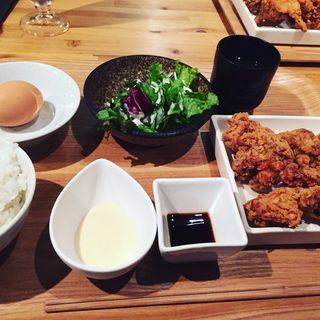 唐揚げと濃厚卵かけご飯(カッシーワ 茶屋町店 )