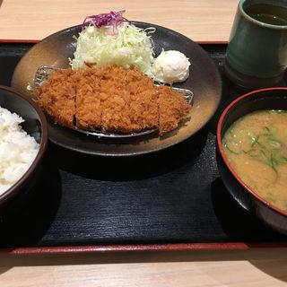 得朝ロース定食+豚汁(松乃家 東新宿店 )