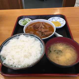 もつ煮定食(半ライス)(永井食堂 (ながいしょくどう))
