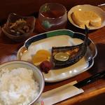 京の朝ごはん(ろじうさぎ )