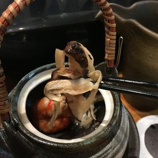 鱧と松茸の土瓶蒸し(玄鮨 (げんずし))