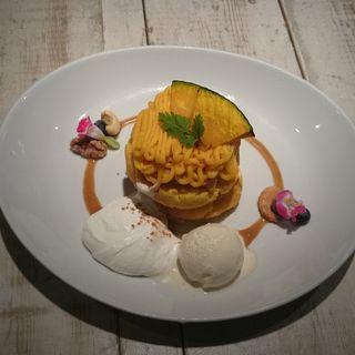 かぼちゃのモンブランパンケーキ
