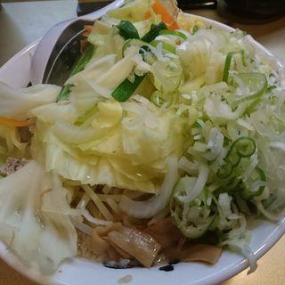 しょうゆ野菜ラーメン(超ごってり麺 ごっつ)