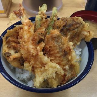 松茸と海老、秋鮭の秋天丼(天丼てんや 上野店 )